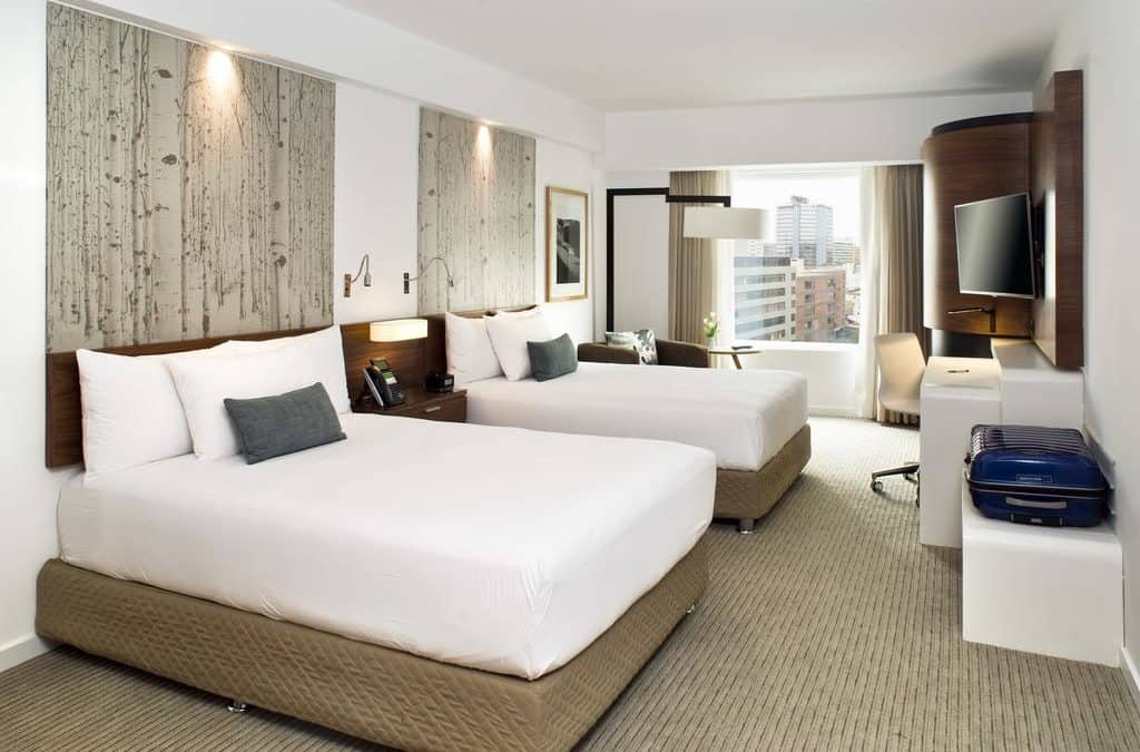 3 Tips to Properly Lighting a Hotel Room