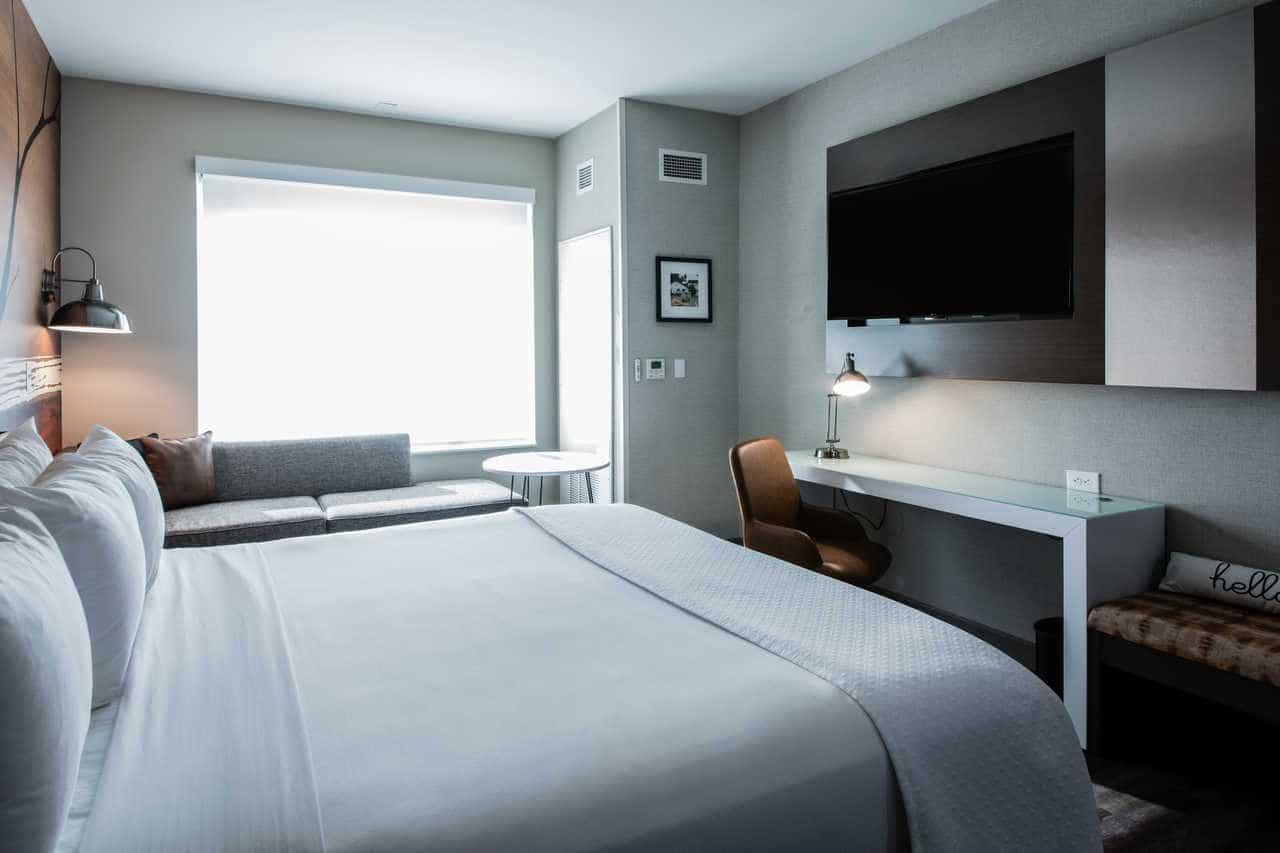 Hotel Programs: Guestrooms and Public Spaces – Cambria Suites, Texas 9