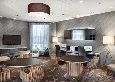 Hilton Laval (2)